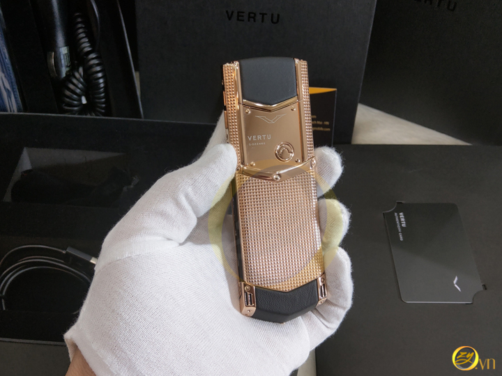 Vertu main chinh hang